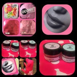 PINK Makeup - VS/PINK